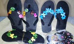 Wholesales of beautifully designed slippers