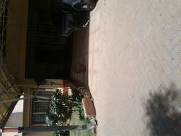 4bedrooms mansion nett in westlands for rent very good house