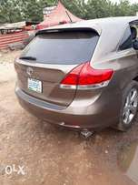 Venza 2010 model very clean