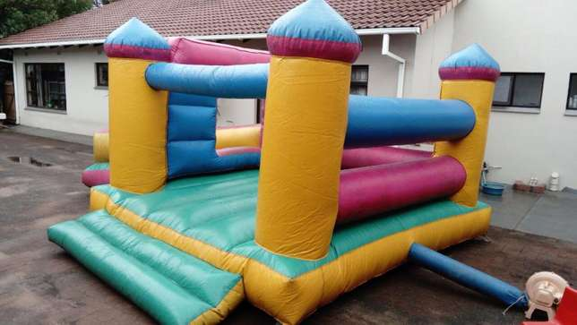 FOR SALE jumping castle 4m x 5m with slide, including blower Margate - image 2