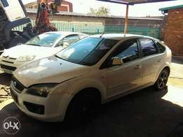 ford focus engine parts 2.0tdci stripping