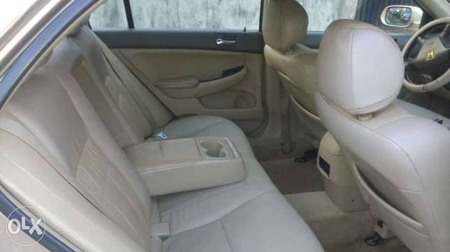 Honda accord 07 model for sale first body buy an use Alimosho - image 4