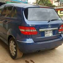 Mercedes Bclass 2010 model dark blue