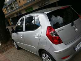Hyundai i10 2013model For sale.