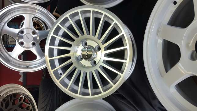 """Special Offer: 15"""" Rotiform IND Reps with new tyres Phoenix - image 3"""