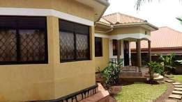 2bedroom 1toilet luxuriou selfcontained house for rent in Makerere