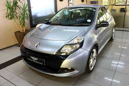 2011 Renault Clio 2.0 sport for R 129 995