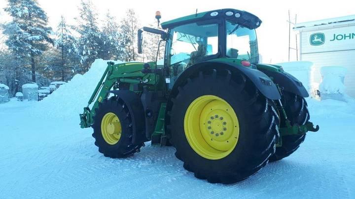 John Deere 6215r Traktori - 2016 - image 7
