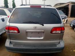 Toyota sienna 2003 model New arrival