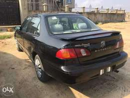 Very neat year 2000 Toyota corolla