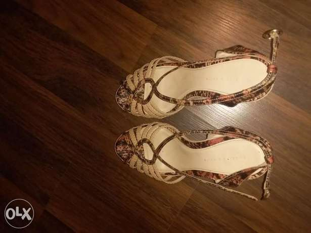 sandal from Charles & Keith perfect condition as New صندل