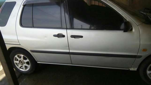 Very clean 2001 raum auto buy n drive. Lavington - image 1