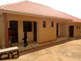A double house for rent in kiira