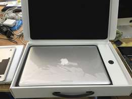 Apple-MacBook-Pro-15-Core-i7-23Ghz-16GB
