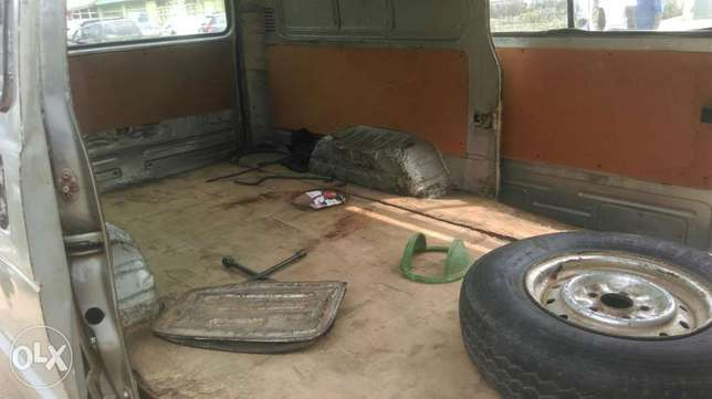 Clean used Toyota hiace available for sale Ipaja - image 6