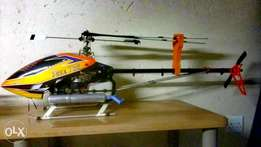 T-rex 700 nitro helicopter