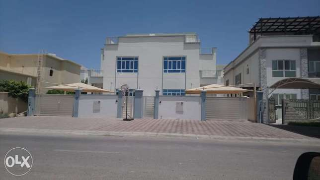 Part of twin Villa for rent in Mawaleh North
