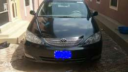 Clean Toyota Camry 2004 model