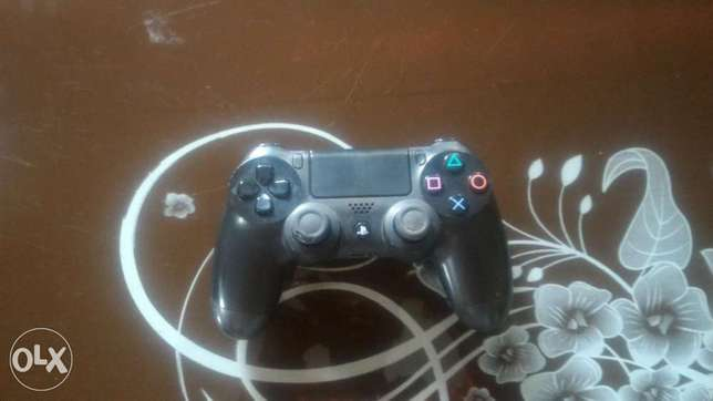 Working Ps4 pad Abeokuta South - image 1