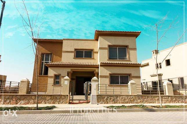 For Sale Standalone Villa At Palm Hills Kattameya Prime Location القاهرة الجديدة - التجمع -  3