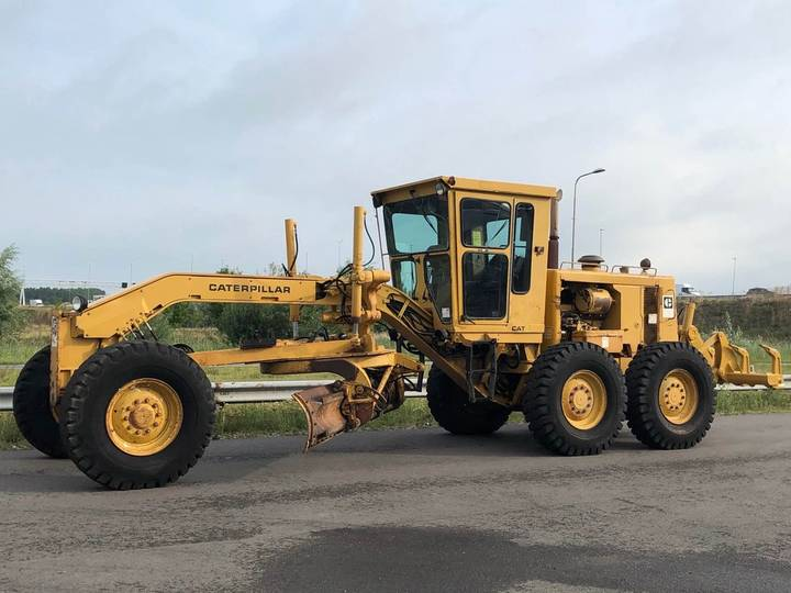 Caterpillar 140G Motor Grader + MS ripper - 1986