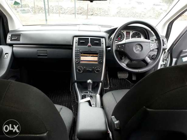 Mercedes Benz B180 Kcn. New Arrival South B - image 7