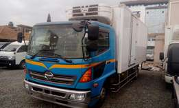 Hino Ranger 2009 refrigerated 7680cc diesel manual 7500kgs