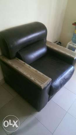 Home appliances and furnitures for sale Lugbe - image 2