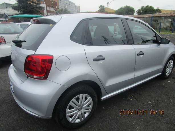 VW Polo 1.4 T/L 2012 model with 5 doors Johannesburg - image 5