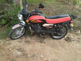 TVS max4R motorbike for sale,in good condition and service in check.
