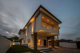 This is a 4-bedroom house with 1 bed service quarters for sale,