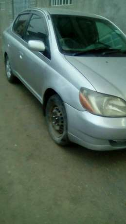Hi selling Toyota platz buy&drive fully loaded car BuruBuru - image 5