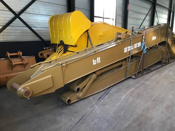 Caterpillar 320DL Long Reach