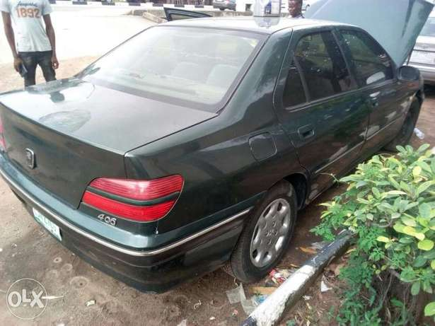 A pay and drive Peugeot 406. Ikoyi - image 5