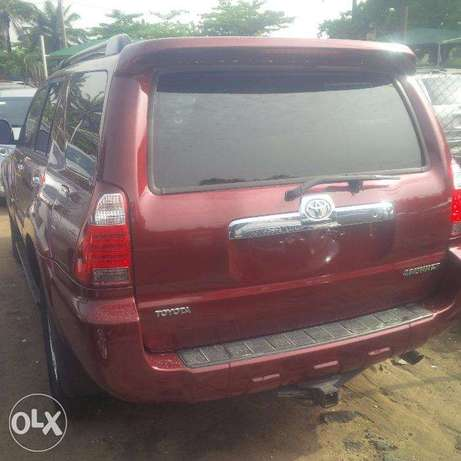 Tokunbo Toyota 4Runner, 2007, 2-Row Leather Seat, Very OK. Lagos Island East - image 5