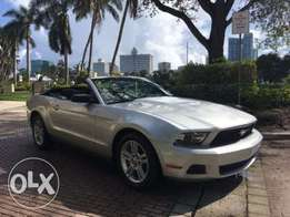 2010 Ford Mustang 2dr Convertible V6