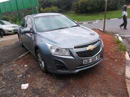 2014 chevrolet cruze grey color with 32000km R120000