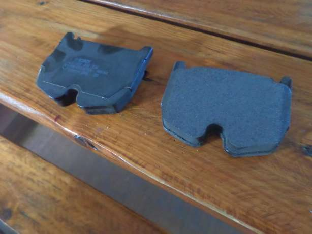 Mercedez SL 600 discpads front and rear Wellington - image 1
