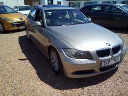 0'8 Bmw E90 320i Tiptronic with Sunroof
