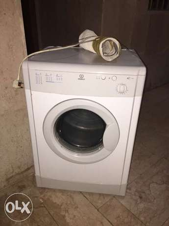 Dryer Machine Indesit