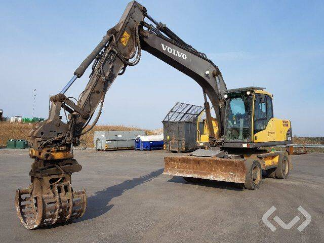 Volvo EW180C Wheel excavator with tiltrotator and buckets and - 2008