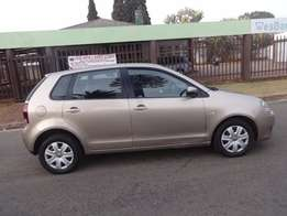 2014 vw polo vivo 1.4 trend-line in good condition