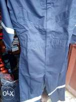 Safety coveralls and nose mask
