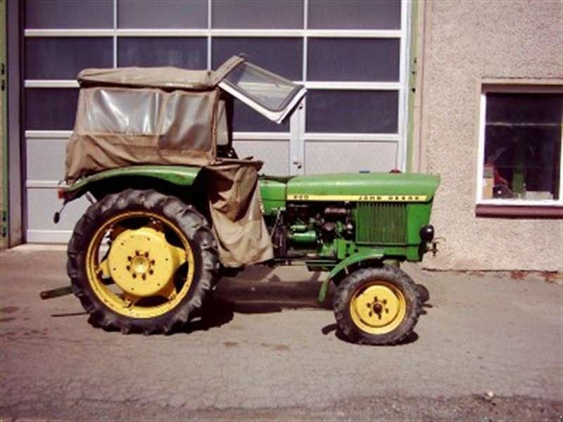 John Deere 820 - 1967 - image 2