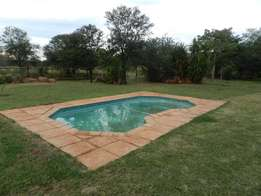 Plot 1.1 hectare 2 Bedroom with loft and barchelor flat Kameeldrift