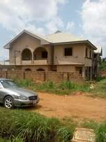 House for sale close to obi okeke church, oko central Gra