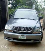 Sweet and clean Lexus 300 for sale