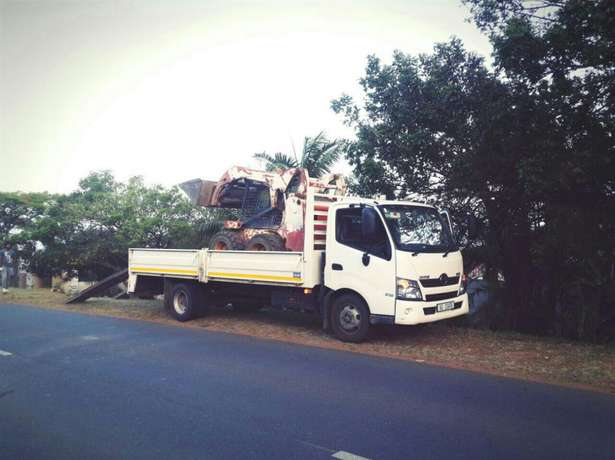 Bobcat for hire with 6m truck for only R750, 00 per load Umhlanga - image 2
