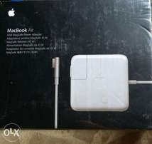 MacBook Air Charger (45w)