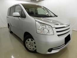 Toyota Noah Fresh Import